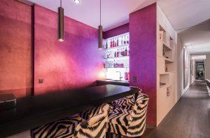 Bar mit Wandflächein Metallico
